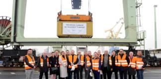 Auf Einladung des Logistik Dienstleisters Haeger & Schmidt Logistics wurde die Verladung des 150.000 Containers mit Produkten der Firma thyssenkrupp Rasselstein gebührend gefeiert