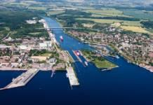 Der Nord-Ostsee-Kanal ist eine der wichtigsten deutschen Wasserstraßen