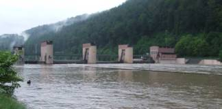 Das Wehr Guttenbach am Neckar