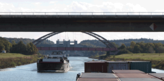 Die Binnenschifffahrt soll mit dem Straßenverkehr gleichberechtigt werden