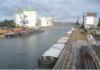 Im Braunschweiger Hafen wird der Alte Getreidespeicher zugunsten einer Freilagerfläche abgerissen