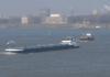 Ab Mitte 2018 muss nur noch ein Schiffsführer bei auf dem Rhein verkehrenden Schiffen festgelegt werden