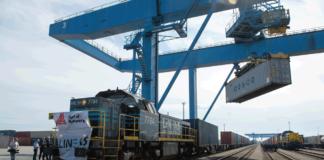 Der erste Zug aus China ist im Antwerpener Hafen angekommen