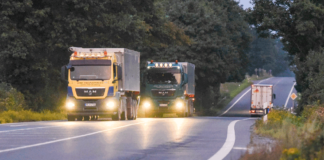 Zusätzlich zur Autobahn-Maut wird für Lkw künftig auch eine Gebühr bei der Nutzung von Bundesstraßen fällig