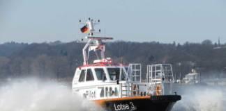 »Lotse 3« auf der Elbe
