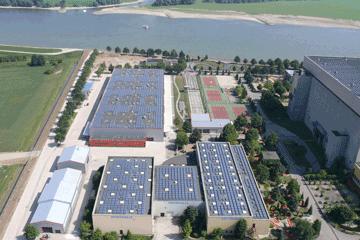Kalkar-Messe-Luftbild-Messegebäude