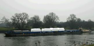 Schiff, Elbe