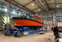 Das Lotsenboot von DanPilot ist in Estland mit Folien von Renolit beschichtet worden