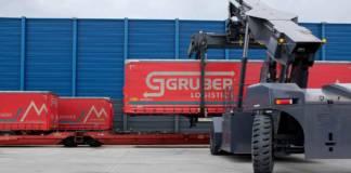 Der erste Zug macht sich vom Container-Terminal Südwestfalen auf den Weg nach Verona, Italien