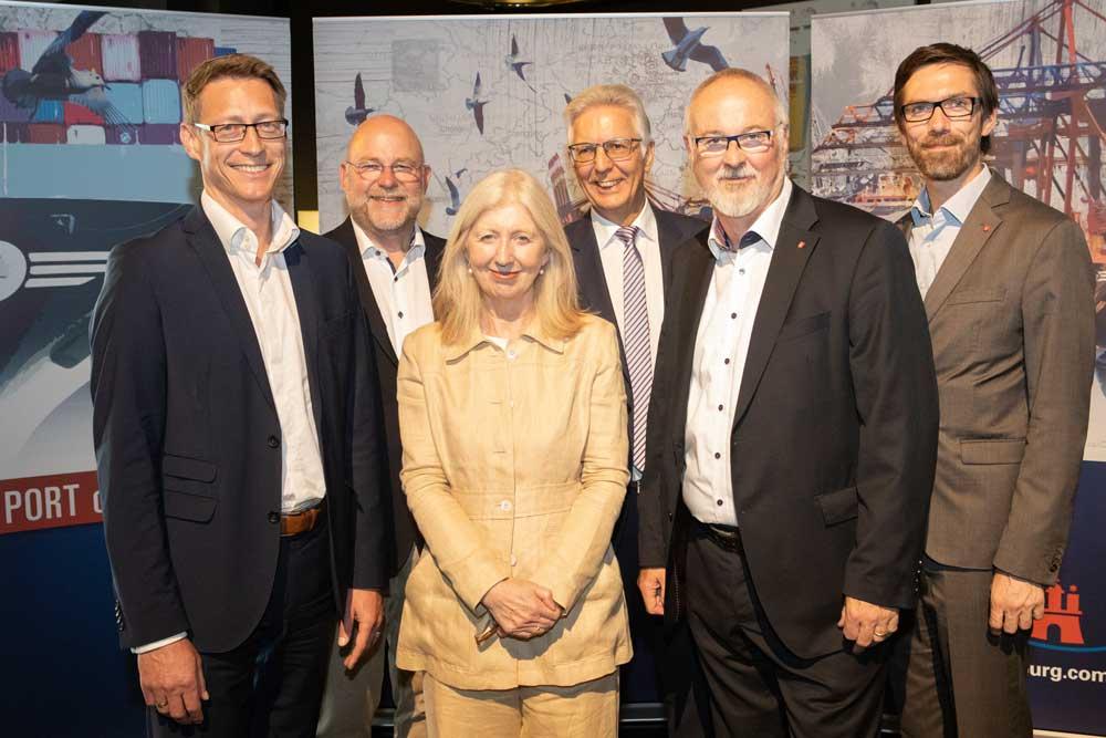 v.l.: Lutz Birke (BWVI), Axel Mattern (HHM), Karin Paulsmeyer (Ministerium für Verkehr, NRW), Volker Hahn (HHM), Ingo Egloff (HHM), Markus Heinen (HHM)