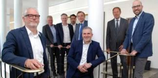 v.l.: Heiko Brückner (Haeger & Schmidt Logistics GmbH), Joachim Schürings (Thyssenkrupp Steel Europe AG), Ocke Hamann (Niederrheinische IHK), Roberto Spranzi (DTG Deutsche Transport-Genossenschaft Binnenschifffahrt eG), Hans-Heinrich Witte (GDWS), Frank Wittig (Wittig GmbH), Detlef Kohlmeier (VSV Vereinigte Schiffs-Versicherung), Ansgar Kortenjann Niederrheinische IHK)