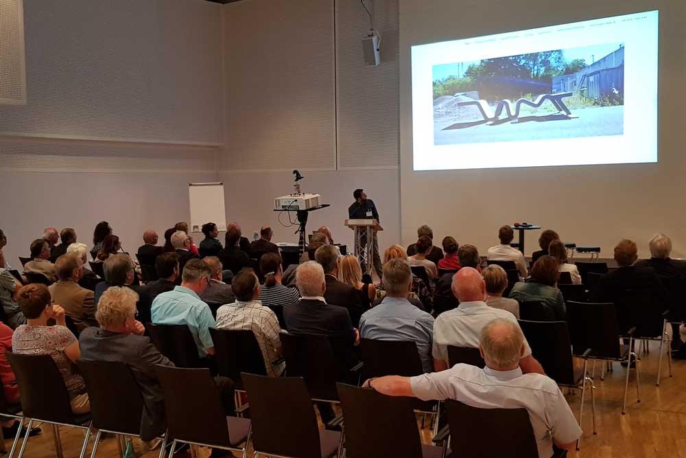 Rund 170 Personen nahmen am 2. Bayerischen Wasserstraßen- und Schifffahrtstag in Bamberg teil.