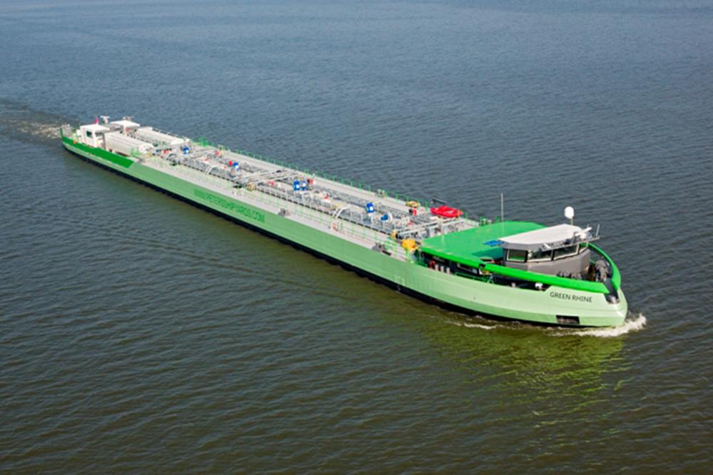 Green rhine Shell LNG - Peters Shipyard