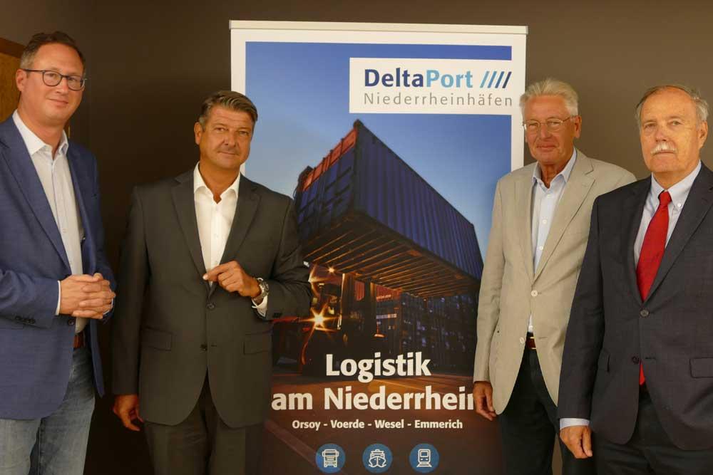 Tauschten sich zu Themen rund um die DeltaPort Niederrheinhäfen aus (v.l.): Bernd Reuther, Andreas Stolte, Peter Berns und Rudolf Kretz-Manteuffel