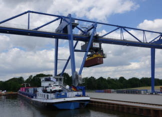 Die Testphase am neuen Containerhafen hat begonnen. Ab dem 1. September geht der Umschlagplatz als RegioPort OWL ans Netz