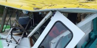 Das Steuerhaus wurde durch die Kollision mit dem Schleusentor schwer beschädigt
