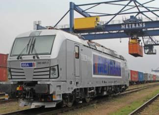 Die erste von zehn bei Siemens bestellten Vectron-Lokomotiven ist in Prag an die HHLA-Tochter Metrans übergeben worden