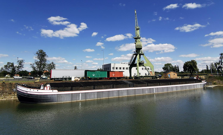 Sorgen um die Schiffbarkeit der Elbe