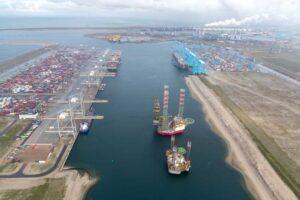 Rotterdam steigert Containerumschlag trotz Asienkrise