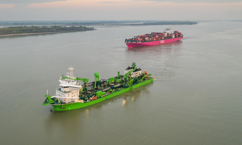 Bewegung an der Elbe