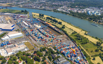 Duisburg, Container, duisport