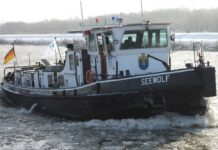 Dauerfrost legt Schifffahrt auf norddeutschen Kanälen auf Eis