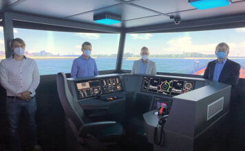 (v.l.): Jens Ley (Fachbereichsleiter Entwicklung und Simulation von Schiffen und Offshore-Strukturen DST), Jan Klonki (Head of QEHS HGK Shipping), Tim Gödde (Business Unit Director Ship Management HGK Shipping) und Dr. Rupert Henn (Geschäftsführung und Vorstand DST). © HGK Shipping