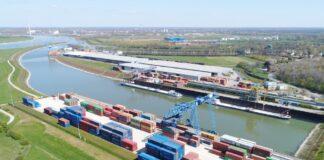 Hafen Voerde-Emmelsum
